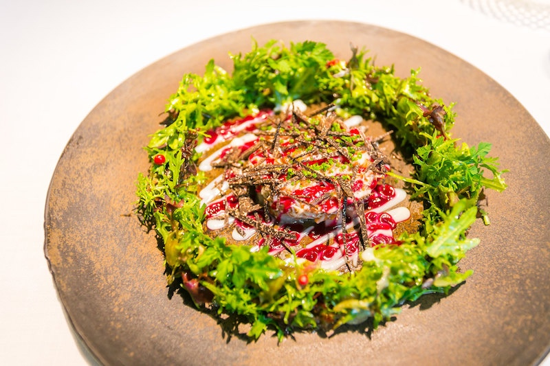 The gastronomical brilliance of Narisawa's snow crab Christmas wreath (photo: City Foodsters/Flickr)