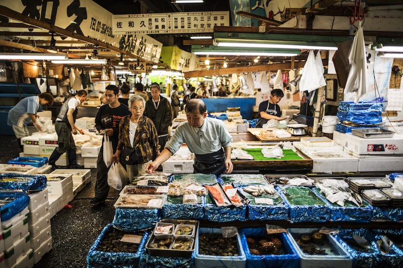 Image 3: Tokyo's Tsukiji Fish market has some of the best seafood in the world (photo: Getty Images).