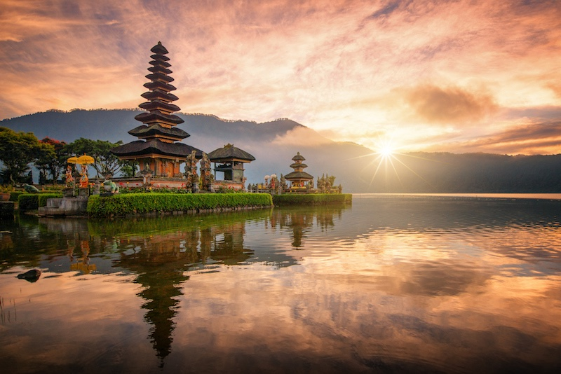 Pura Ulun Danu Bratan temple on Bratan lake